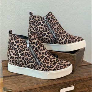 Cheetah zipper Ankle boots